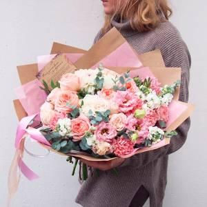 Сборный букет пионовидная роза и эустома R725