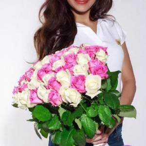 Букет 51 белая и розовая роза R005