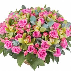 Сборная корзина с розами и орхидеями R277